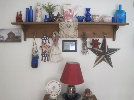Patriotic Shelf Main Image