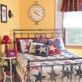 12 Ways to Add a Patriotic Pop to Your Bedroom or Bath Image 7